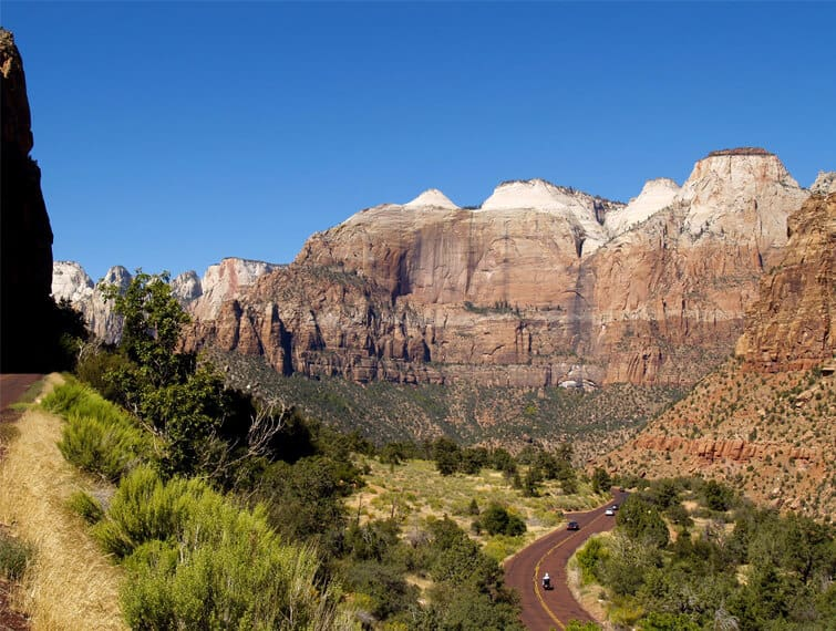 best time to go to zion national park