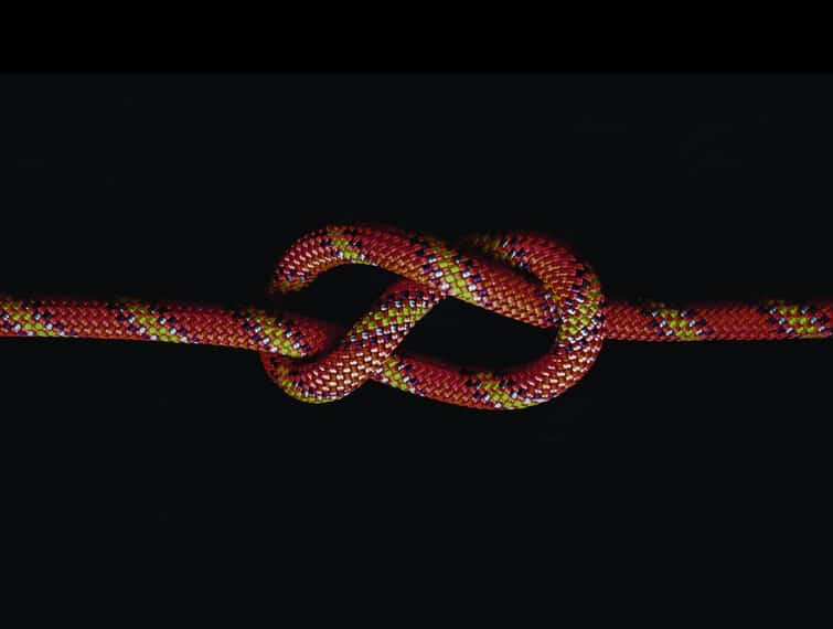 10 Best Knots to Know and Learn How to Tie Them