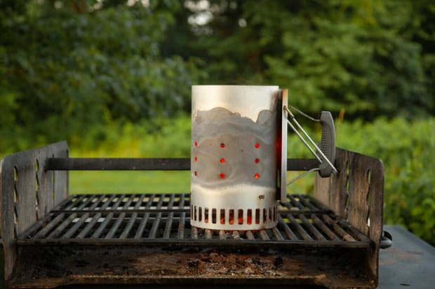 Pros and Cons of UsingCharcoal Grillto Boil Water