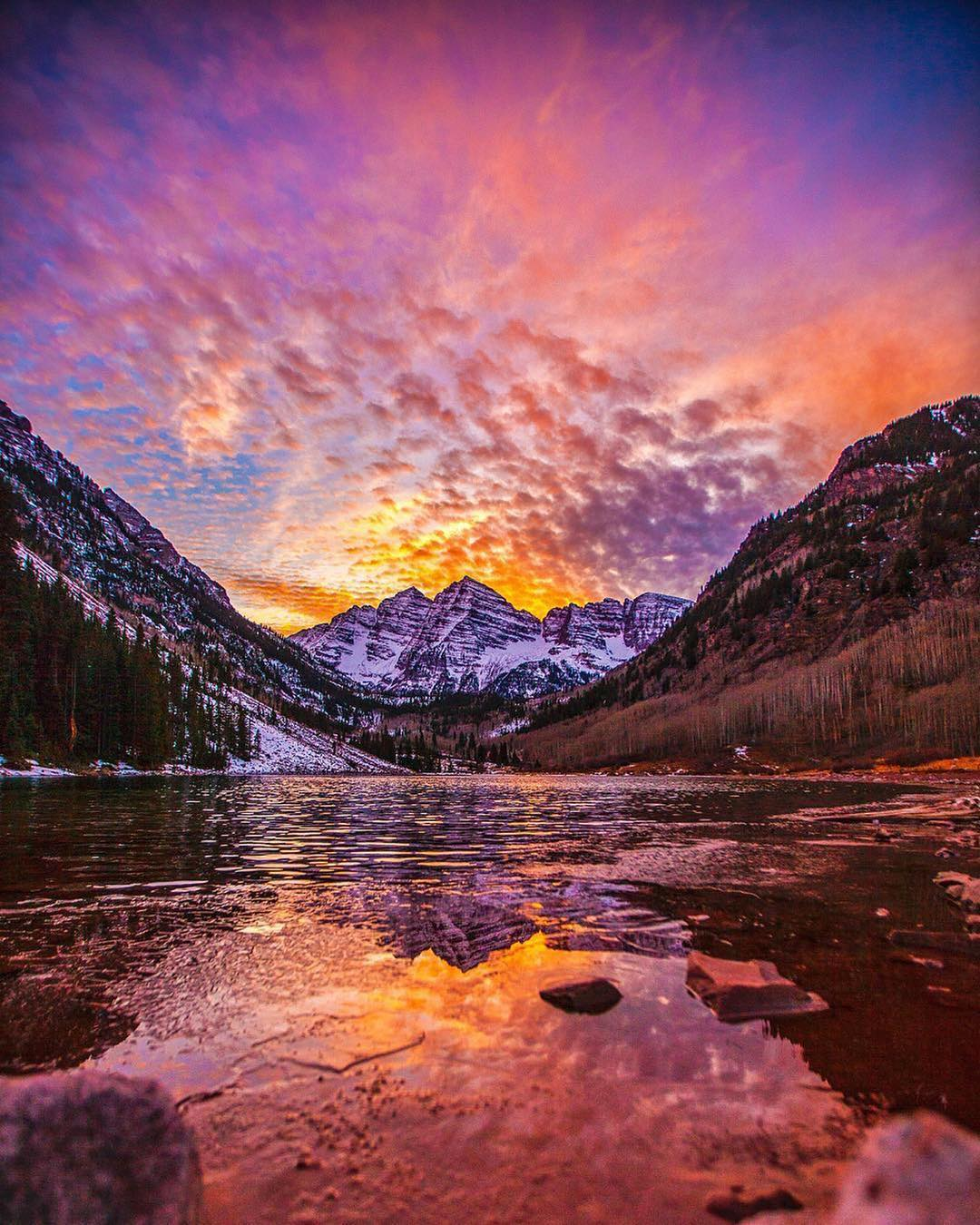 6 Great Summer Hikes in the United States - Maroon Bells in Colorado