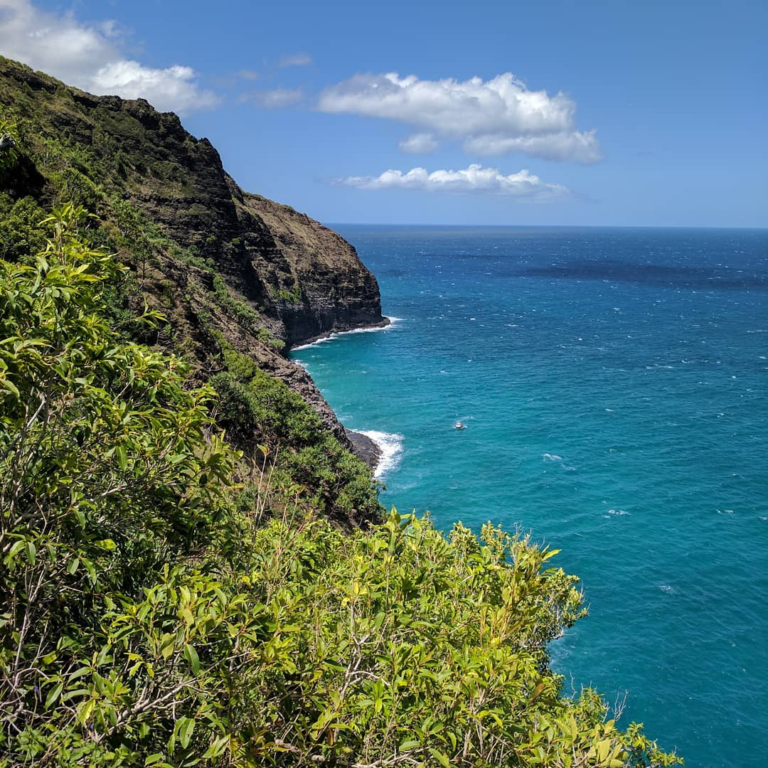 6 Great Summer Hikes in the United States - Kalalau Trail in Hawaii