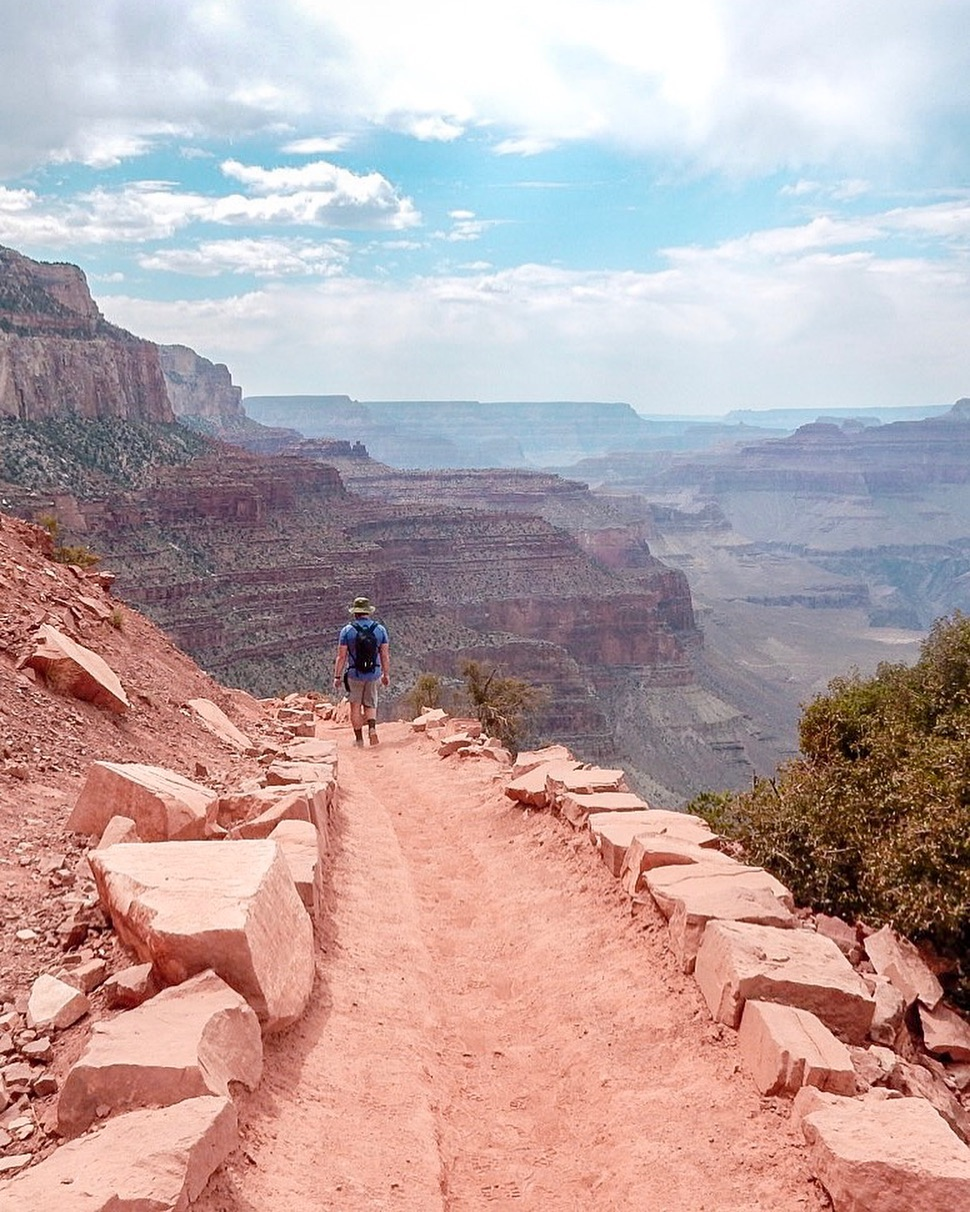 6 Great Summer Hikes in the United States - South Kaibob and Bright Angel Trails in Grand Canyon National Park, Arizona